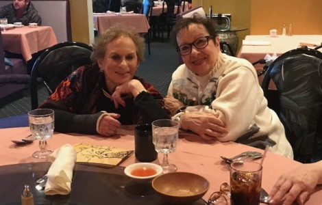 The Watermark at 3030 Park Independent Living Residents Step Out for Mystery Dinner
